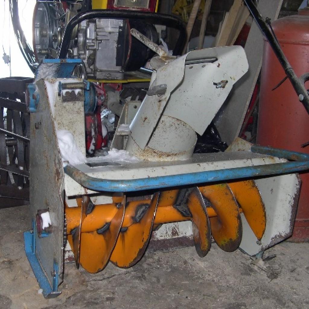 Как сделать снегоочиститель мотоблоку
