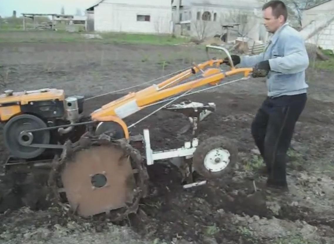 Картофелесажалка своими руками видео фото 488